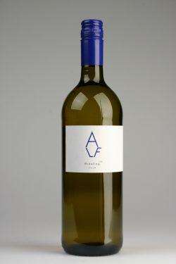 AE-18-0014_Rheinhessen-RS-trocken-Liter_Bottle
